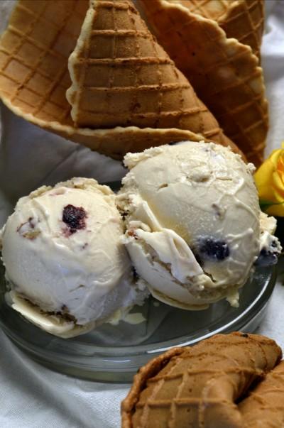 ice cream with waffle cones